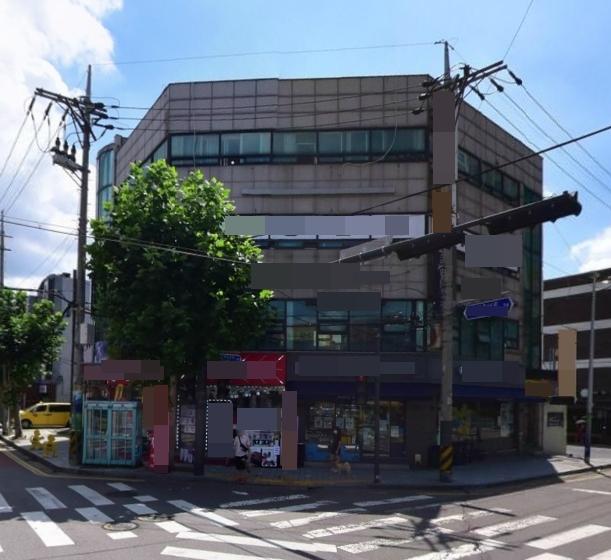 사거리코너 건물